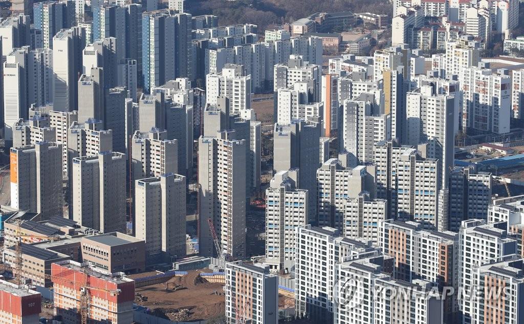 서울 전셋값 강세 계속…전세물건 쌓이며 가격 내리는 단지도