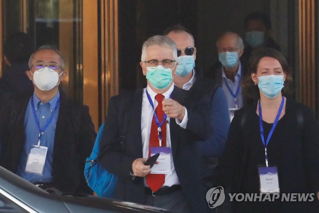 """""""WHO 코로나 기원조사팀, 中 첫 확진자 추적조사 권고할 듯""""[CNN]"""