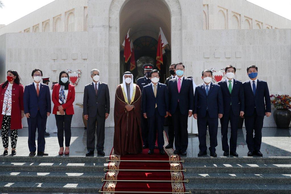 '중동순방' 박의장 오늘 귀국길…UAE·바레인 경제외교