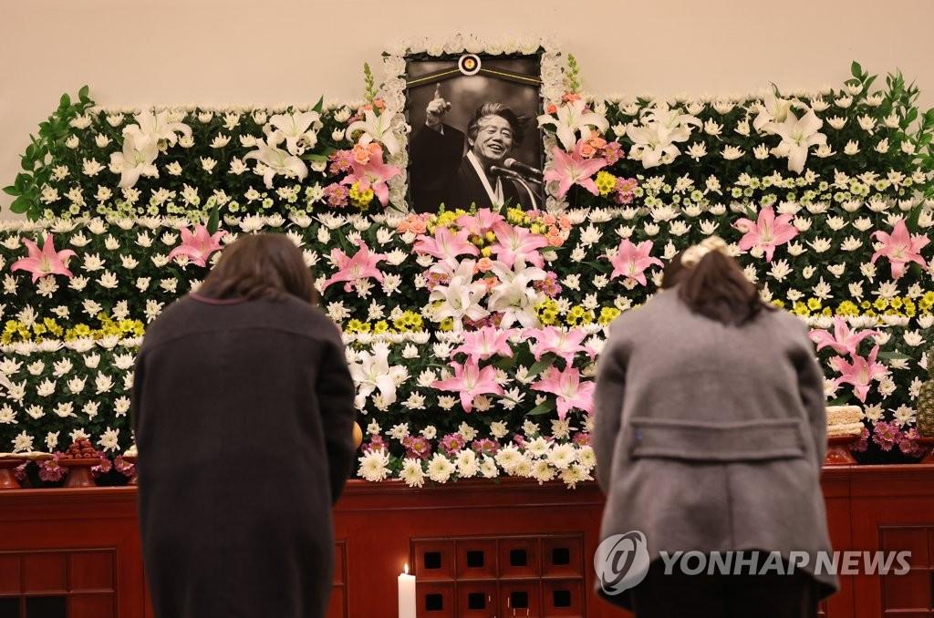 '통일운동 거목' 백기완 선생 별세에 광주 시민사회 추모 물결(종합)