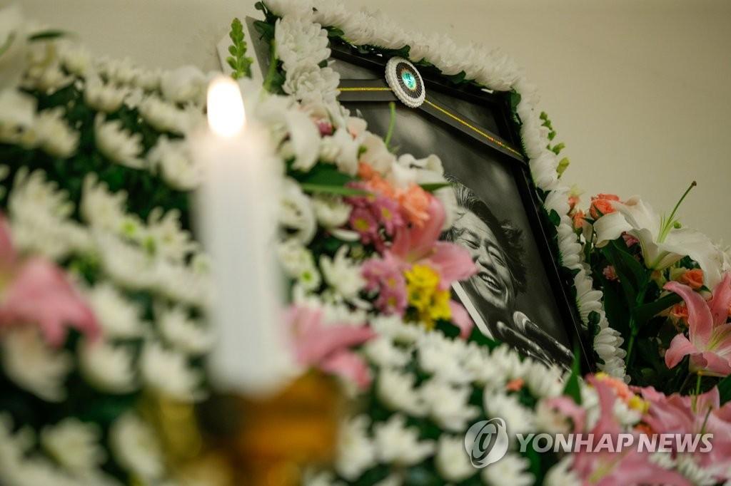 서울광장 '故백기완 분향소' 놓고 서울시-장례위 갈등