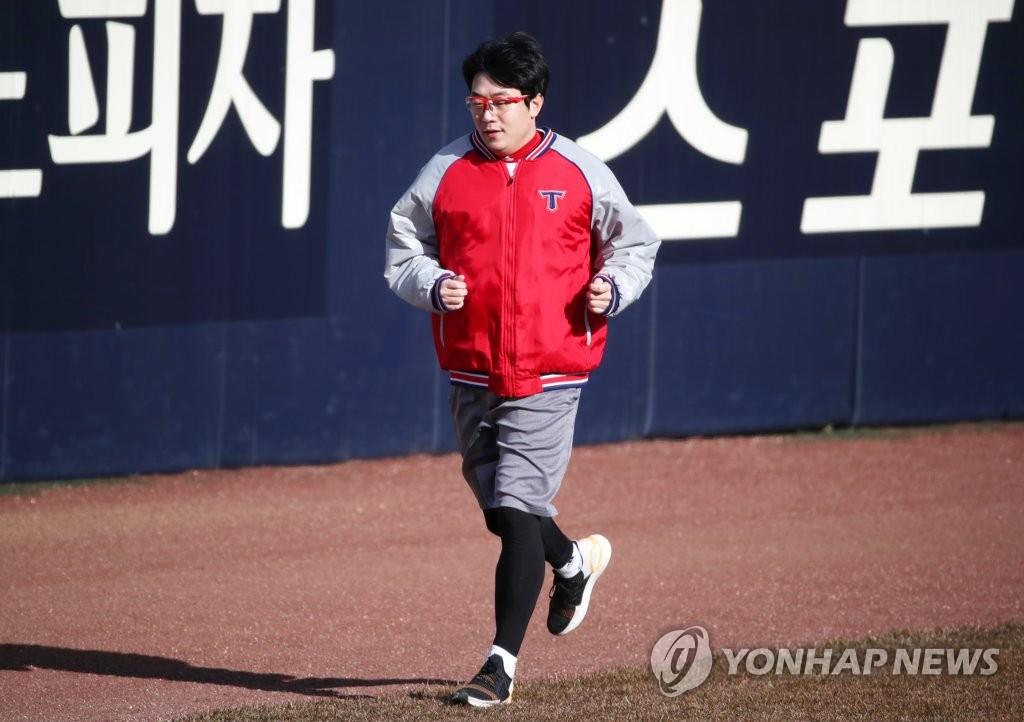류현진·김광현, 새 시즌 위해 다시 뛴다…MLB 스프링캠프 시작