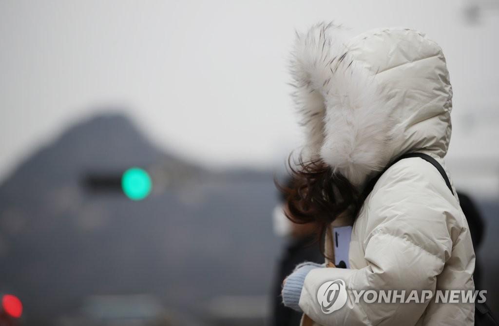 [내일날씨] 봄 앞둔 '꽃샘추위'…25일부터 풀려