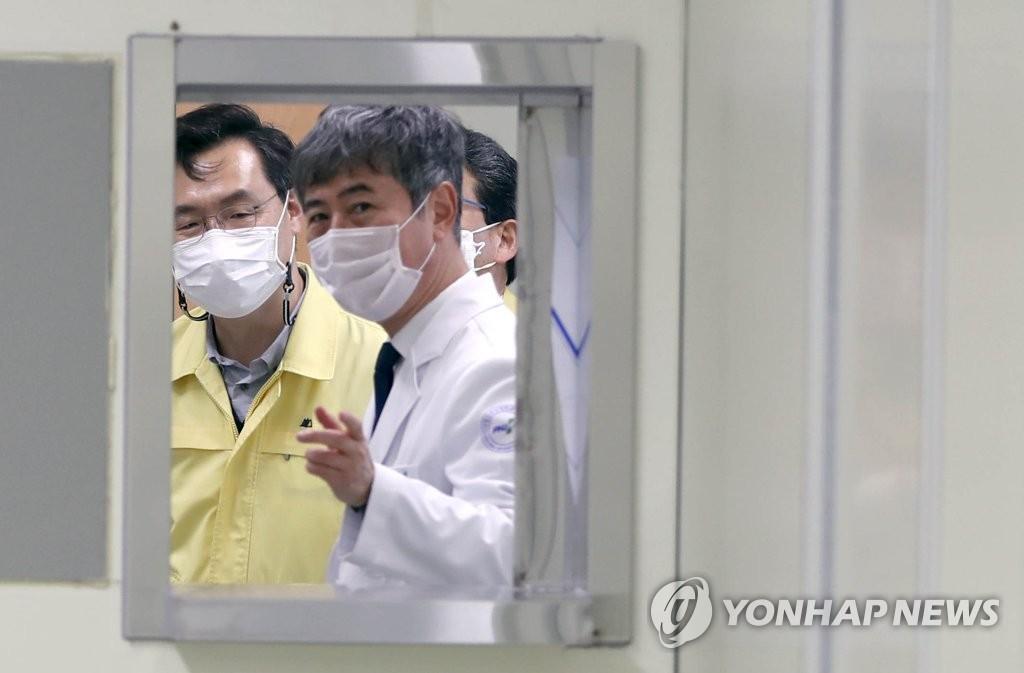 """영남권역 코로나 예방접종센터 """"빈틈없는 접종 하겠다""""(종합)"""