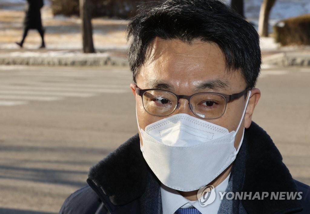 """김진욱 공수처장 """"'1호 사건' 공개 놓고 고민 중"""""""