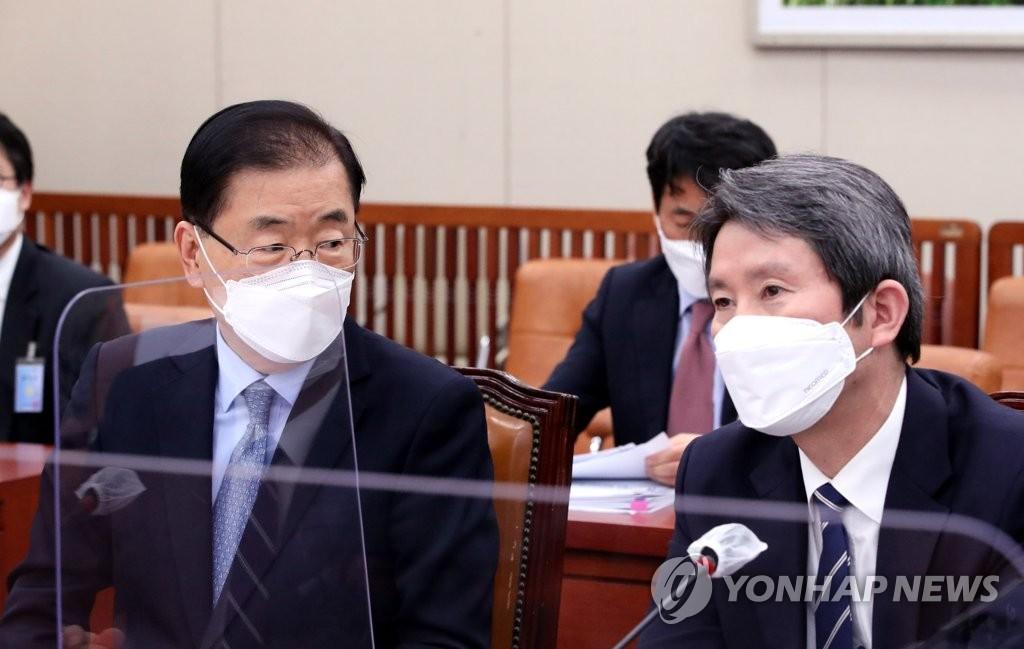 """이인영 """"북한 올해 식량 부족분 120만∼130만t…태풍수해 영향"""""""