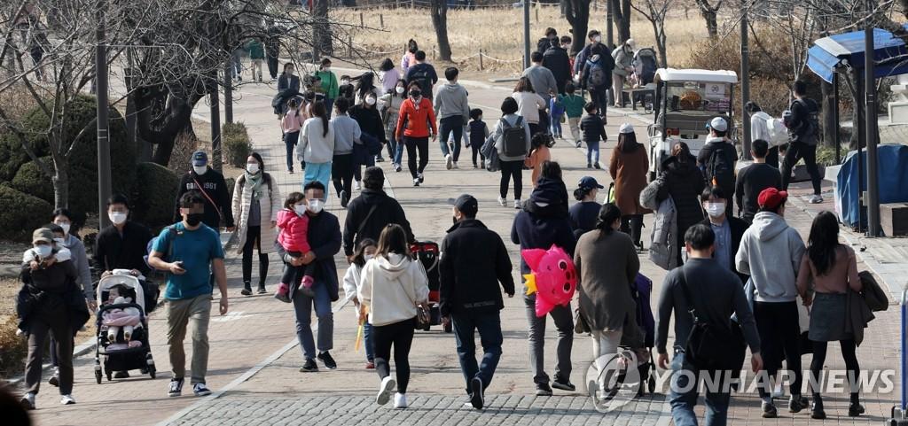수도권 거리두기 2.5→2단계 완화 후 주말이동량 17.2% 증가