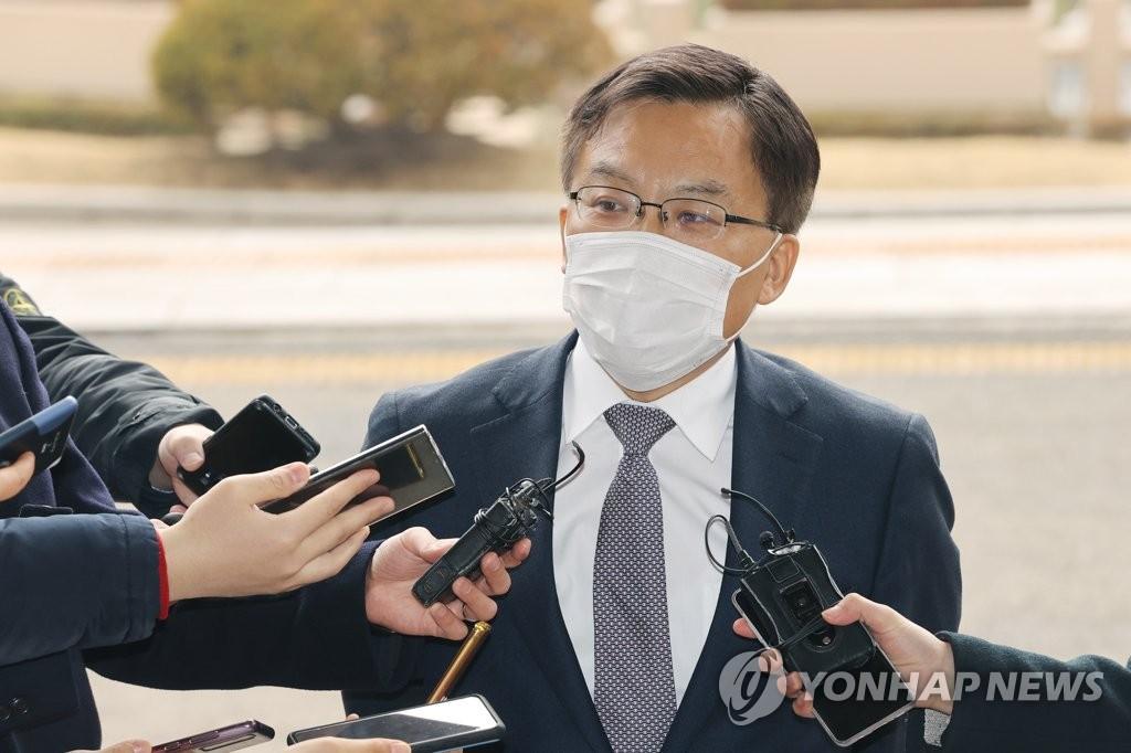 """조남관 대검차장 """"법무부-대검 안정적 협력관계 회복해야"""""""