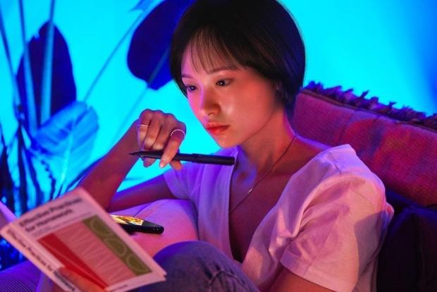 가상 인사 김 래아와의 가상 인터뷰 실제 인과 다르지 않다