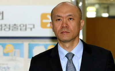 """'전두환 차남' 목사 된다…""""치매 아버지 기뻐해"""""""