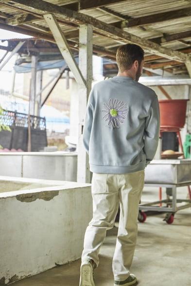 옥천의 복숭아·청포도 담은 옷 선보인 에피그램