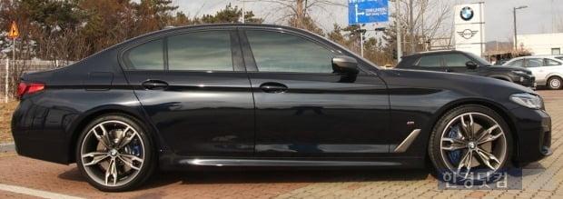 BMW M550i x드라이브. 사진=오세성 한경닷컴 기자