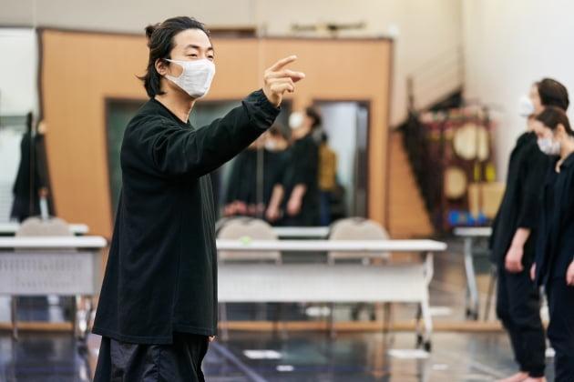 """안무가 이규운 """"전통·현대 아울러 이해하기 쉬운 춤 만들었죠"""""""