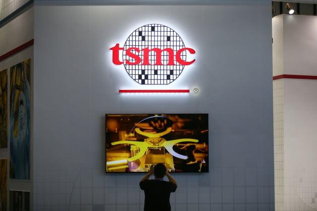TSMC 로고.  /AFP