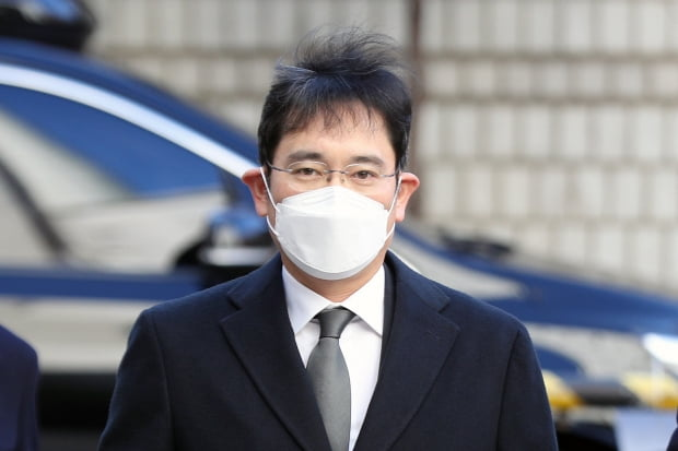 """이재용 프로포폴 불법 투약 혐의…檢수사심의위 """"수사 중단"""" 권고"""