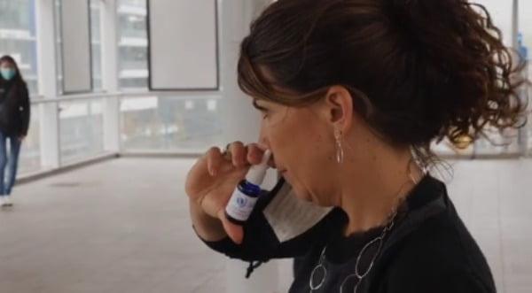 코에 뿌려 코로나19 바이러스 잡는 살균제. 새노타즈 홈페이지 영상 캡처