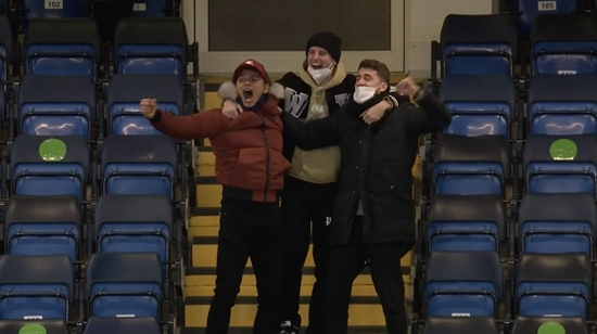 2차전에 빠진 첼시 코어 3인방, 관중석에서 지시+환호 '시선강탈'