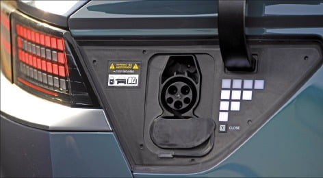 '세상에 없던' 전기차…아이오닉5, 넌 누구냐