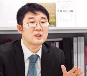 """""""금감원 전자공시는 투자 금광""""…타키온, AI로 핵심정보 캔다"""