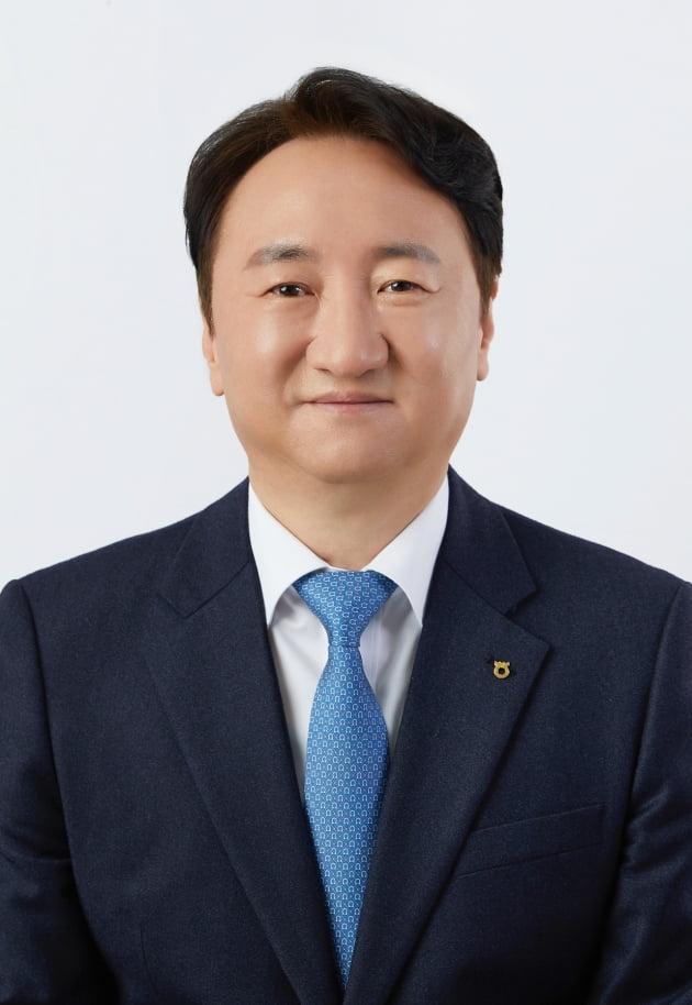 구본준 LG 고문, 신설 지주사 사명 'LX홀딩스'로 확정