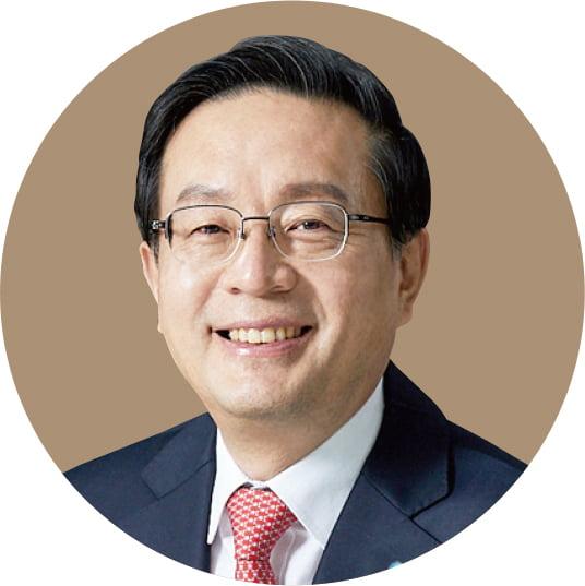 손태승 우리금융지주 회장, 전략·글로벌 전문가...사업 포트폴리오 확장