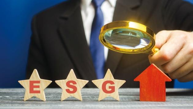 ESG 등급 하락이 새로운 '리스크'로...기업 이해관계인 된 평가사