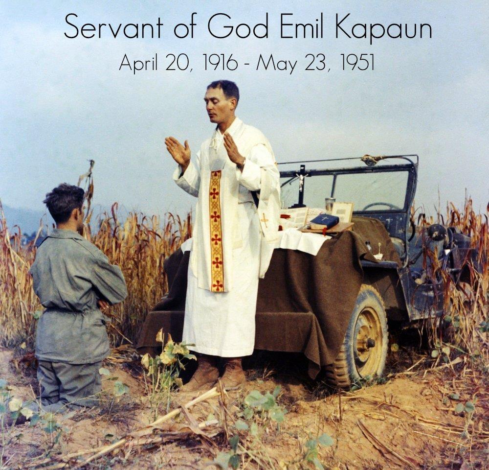 '한국전의 예수' 미 에밀 카폰 신부 유해 70년 만에 찾았다