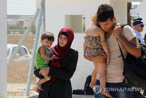 키프로스, 난민 막기 위해 11㎞ 철조망 설치 계획