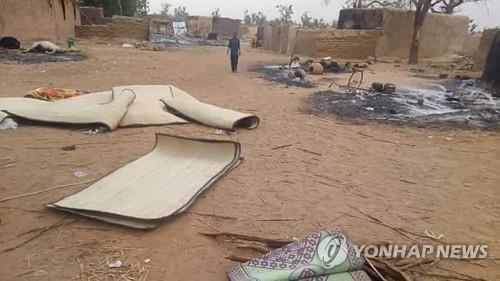 니제르 남부 국경지대서 무장단체 공격에 137명 사망