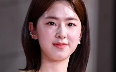 """박혜수 """"학폭 피해자는 나""""…진실공방 가열"""