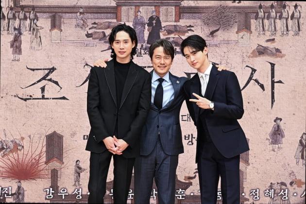 '조선구마사' 박성훈(왼쪽부터) 감우성 장동윤/ 사진=SBS 제공
