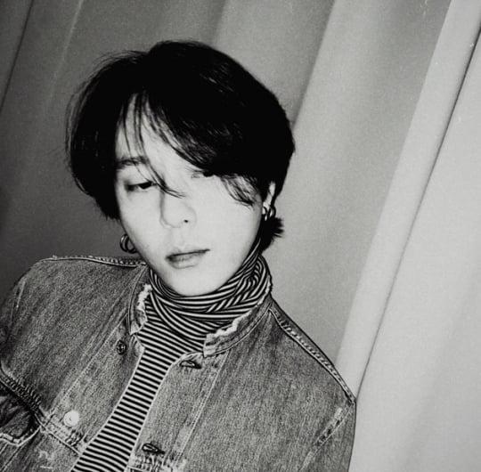 그룹 하이라이트 전 멤버 용준형 /사진=SNS