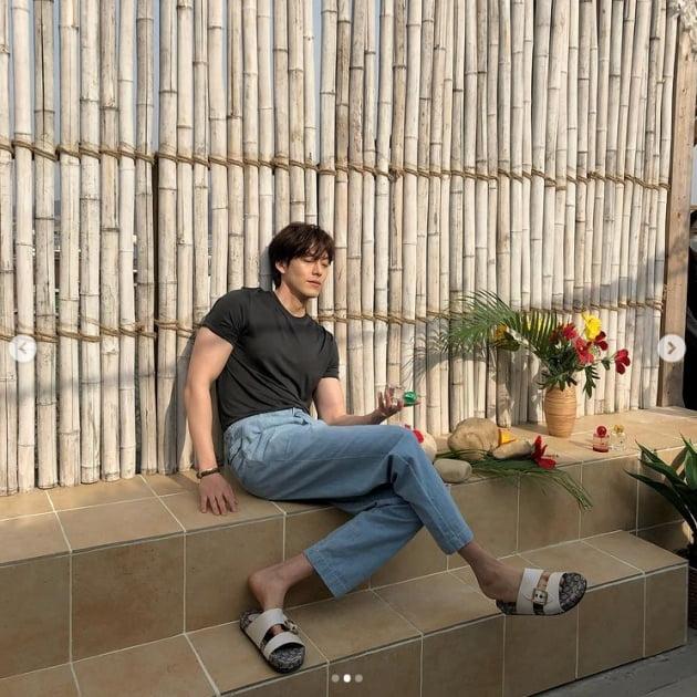 /사진 = 김우빈 인스타그램