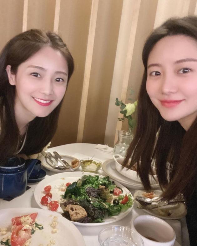 """'쌍둥이맘' 한그루X'잼잼맘' 소율, 5세 애엄마들의 브런치 """"애들은 등원"""""""
