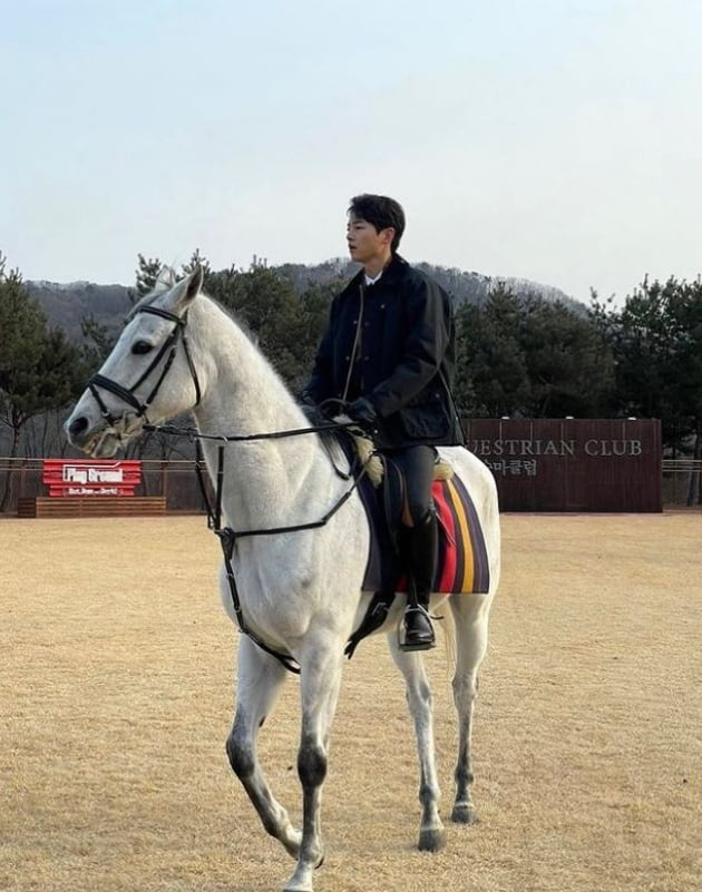 /사진=송중기 공식 인스타그램