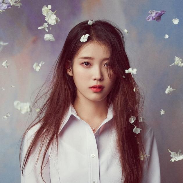 가수 아이유 /사진 = 이담엔터테인먼트