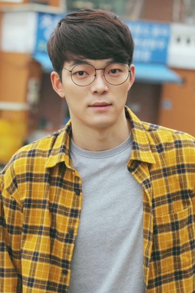 김도현/사진=인컴퍼니