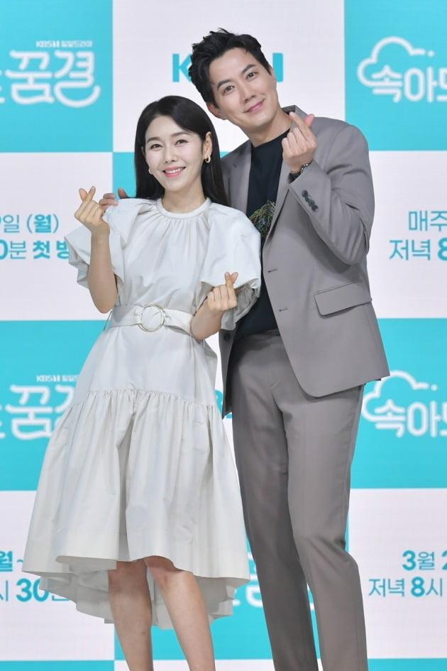 '속아도 꿈결' 배우 박탐희(왼쪽), 류진/ 사진=KBS1 제공