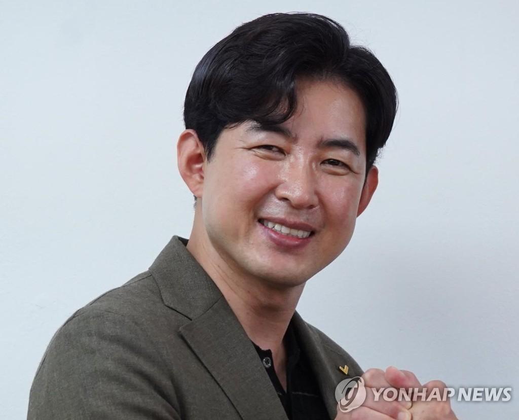 '땅콩 회항' 박창진, 정의당 신임 부대표 선출