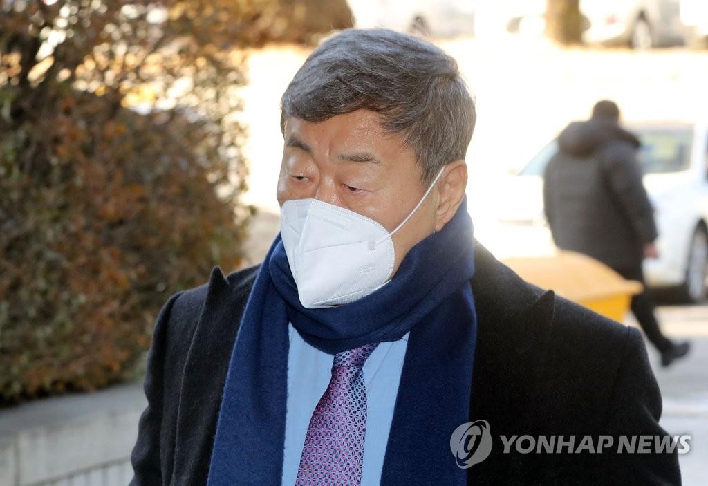 김준기 전 DB그룹 회장, 계열사 미등기임원으로 3년 반만에 컴백
