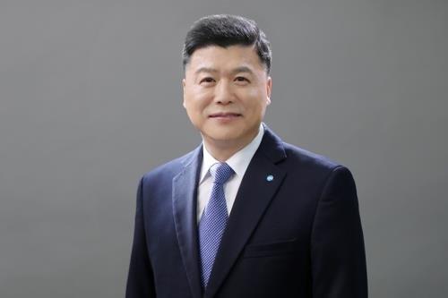 우리은행 주총서 권광석 행장 1년 연임 확정
