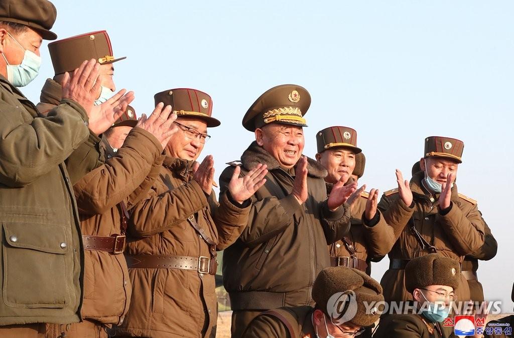 북한, '개량 이스칸데르' 추정 미사일 발사 확인…대미언급 없어(종합2보)