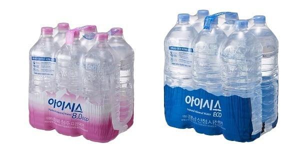 롯데칠성은 소비자가 무라벨 생수임에도 아이시스 브랜드를 직관적으로 알아볼 수 있도록 묶음상품 포장재에 상징색인 분홍색과 파란색을 활용해 로고를 크게 노출시켰다. [사진=롯데칠성음료 제공]