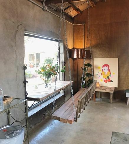 '남편 유인석 논란' 활동 중단한 박한별, 제주에 카페 창업