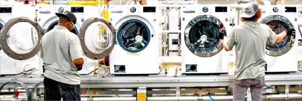 LG전자가 2018년 12월부터 가동을 시작한 미국 테네시주 세탁기 공장. 미국 정부의 세이프가드에 대응하기 위해 현지에 생산기지를 구축했다. LG전자는 지난 15일 이 공장의 생산설비를 증설한다고 발표했다. 한경DB