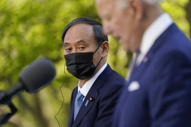 스가 요시히데 일본총리/ AP연합뉴스