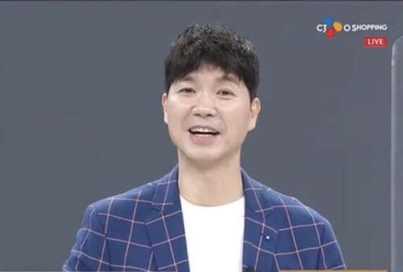 박수홍 /사진=CJ오쇼핑 방송화면 캡처