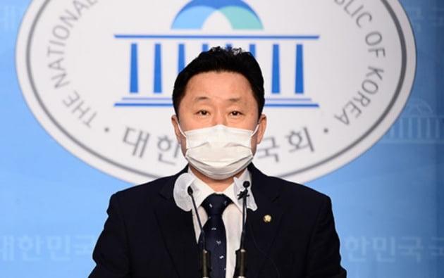 """부동산법 발의 단속나선 與 지도부 """"정책 기조 맞는지 유의하라"""""""