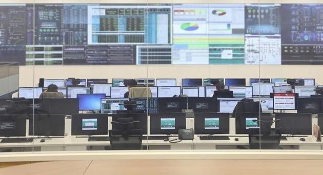 인천 청라에 있는 금융기관의 통합데이터 센터 모습