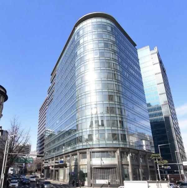 [단독] 불운의 상업은행 빌딩 새주인 찾는다…한은, 소공별관 매각